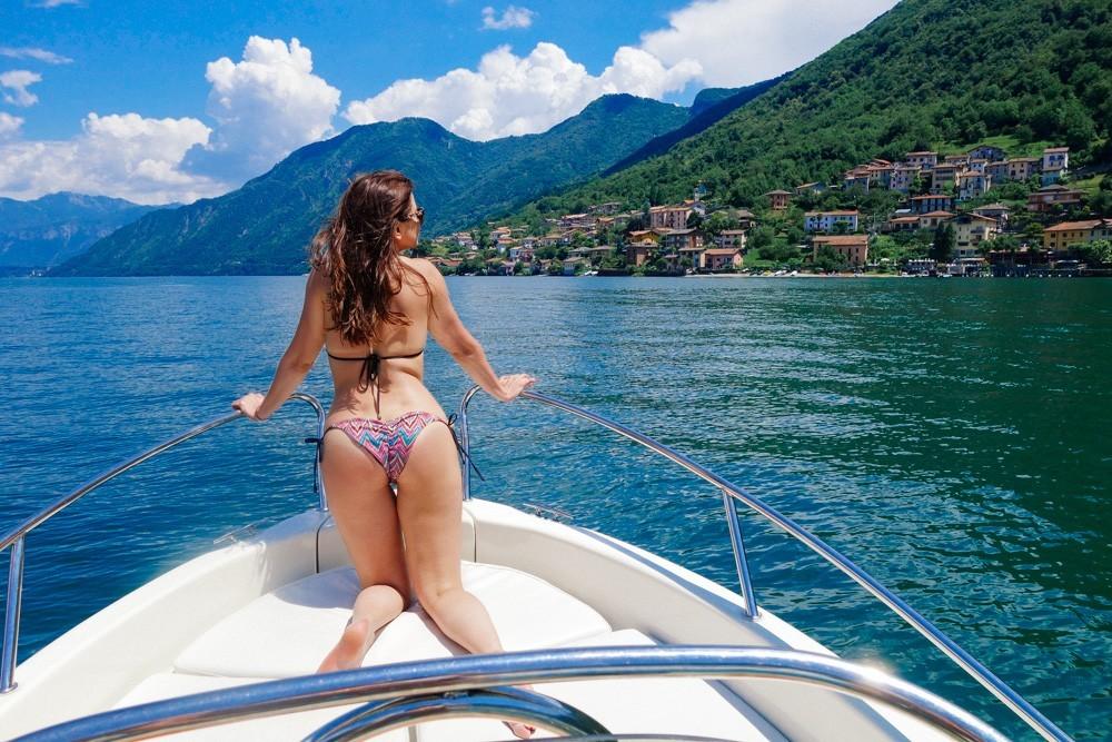 Lake como nudist club tattoo amor
