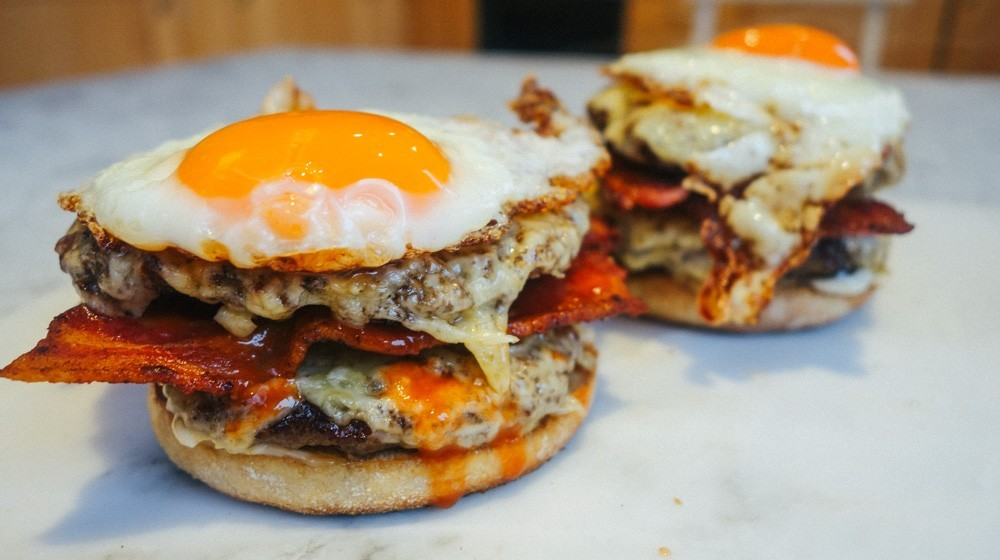 brunch burger recipe-6