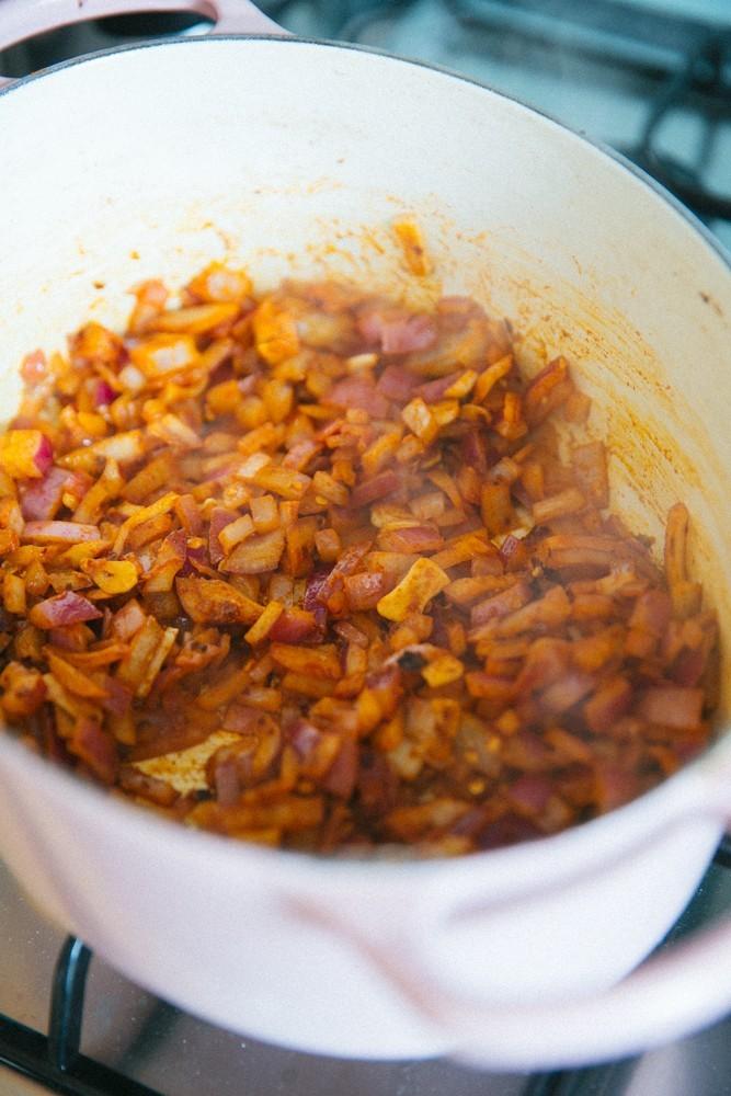 Easy Sunday Chili Recipe-11