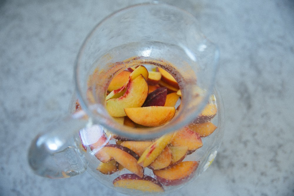 white peach sangria-5