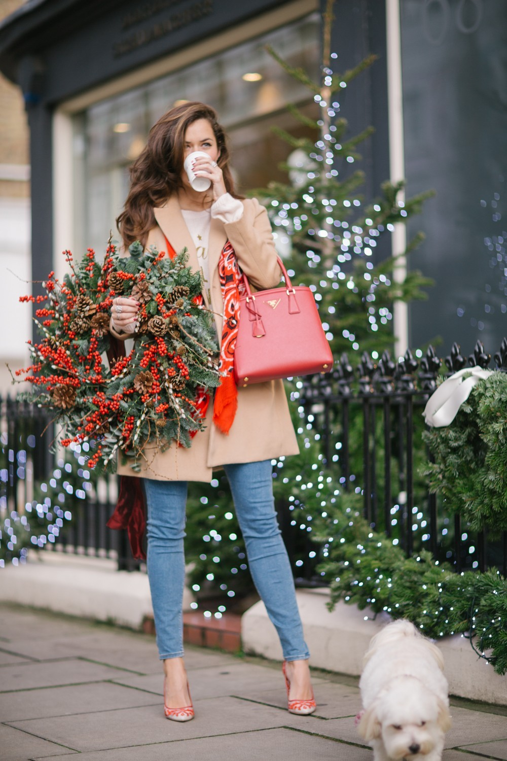 Christmas Wreath and Coffee in Notting Hill