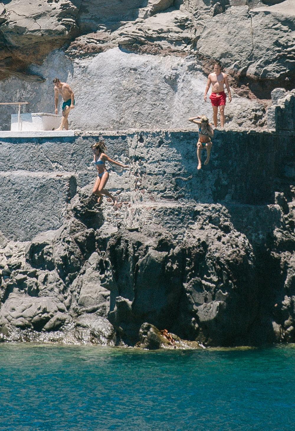 santorini cliff jump-1