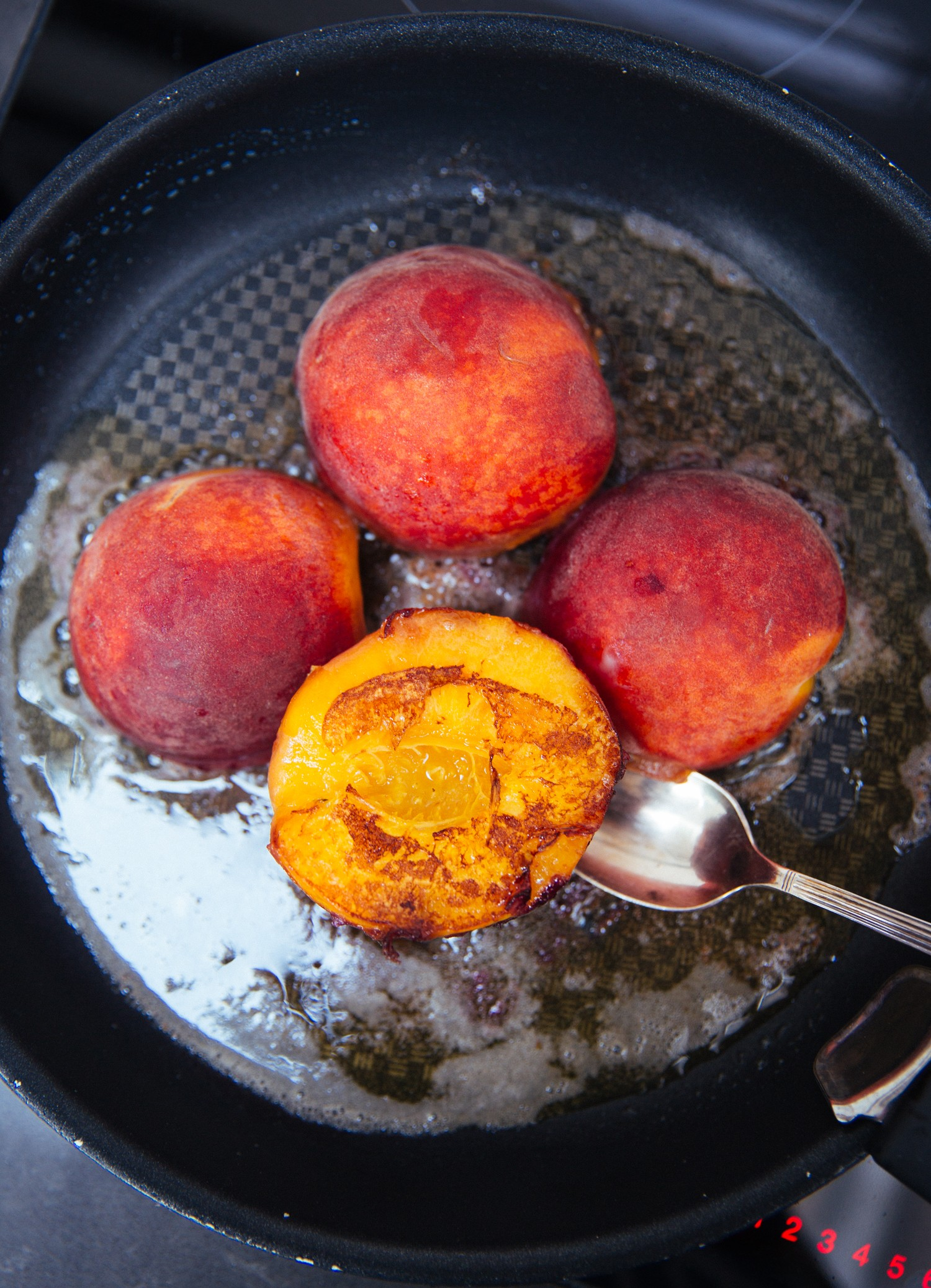 Frying peaches