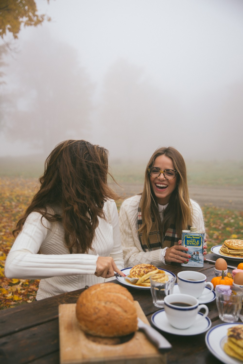 Outdoor breakfast with your BFF