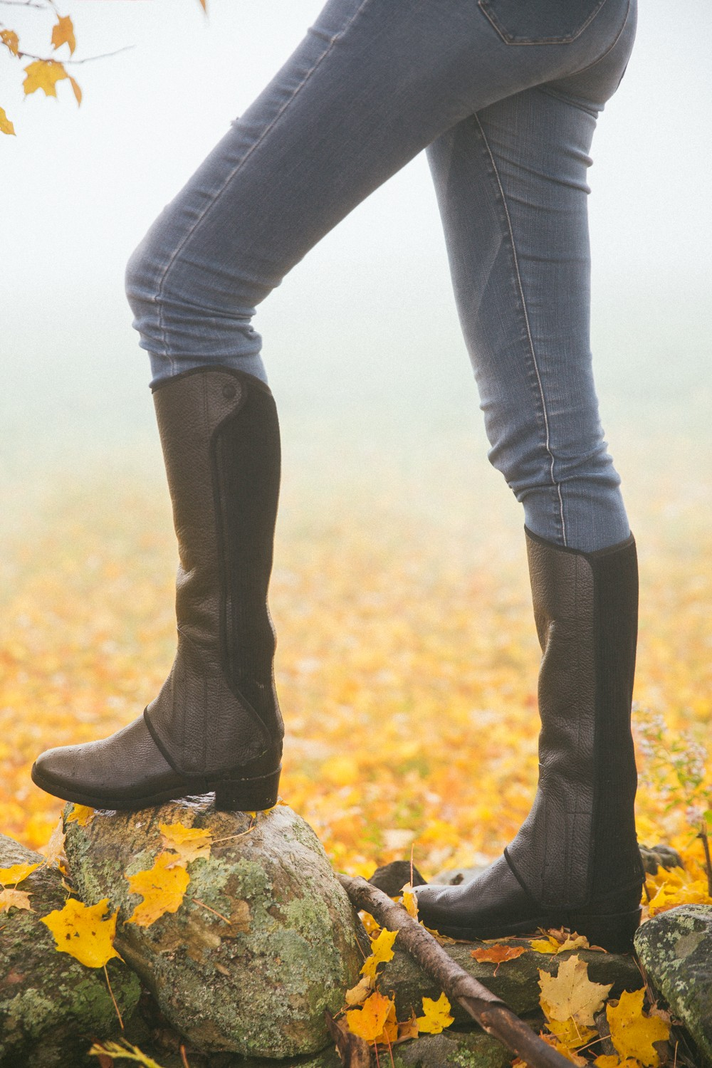 Foggy walk in the crunchy leaves (and convertible leather boots)