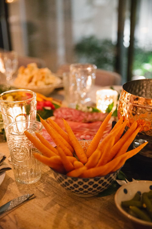 fondue-dinner-party-17