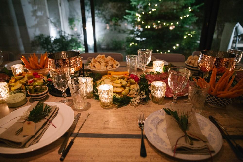 fondue-dinner-party-19