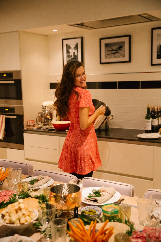 fondue-dinner-party-8