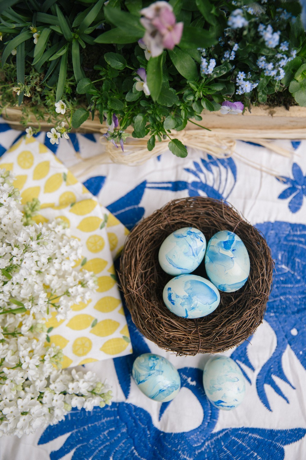 The Londoner » Painted Eggs – Two Ways